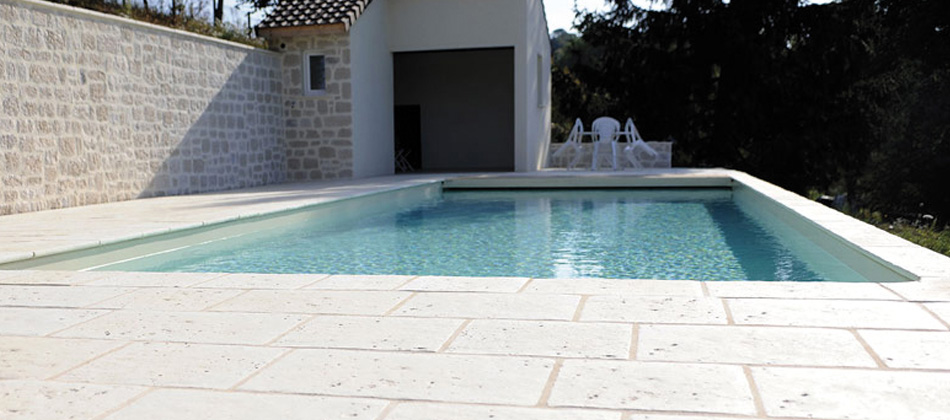 carrelage pour terrasse piscine On carrelage terrasse piscine